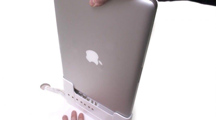 Dock stilat pentru MacBook-uri