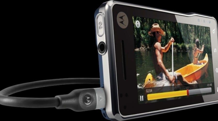 Motorola lansează Milestone XT720