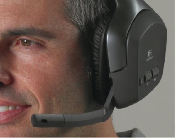 Căşti wireless pentru PS3 şi Xbox 360