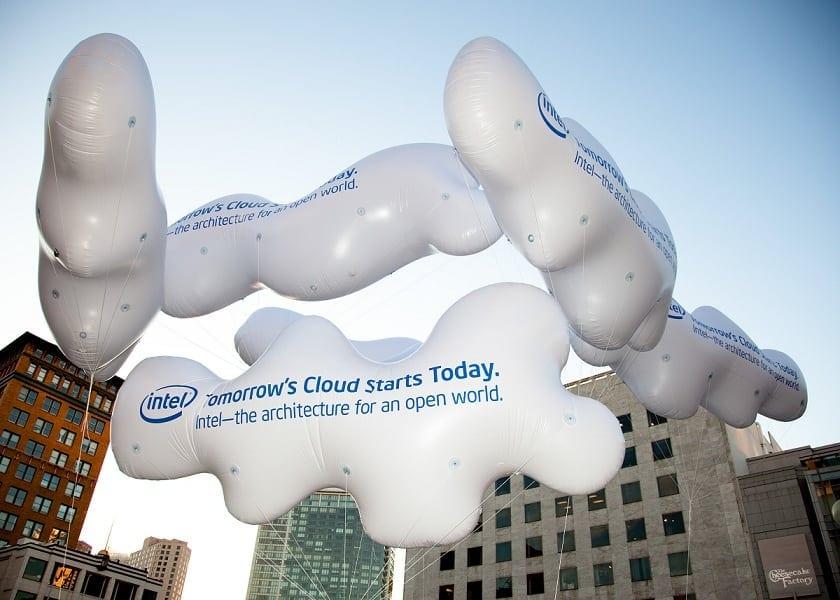 Focus pe tehnologia cloud
