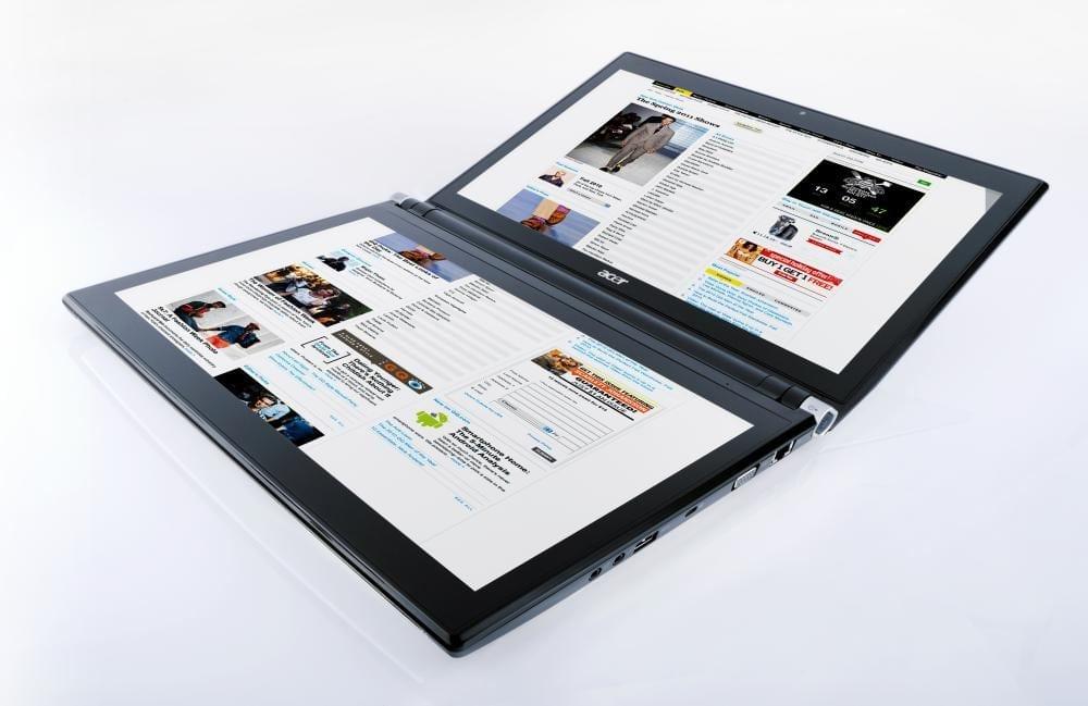 Acer Iconia joacă la dublu