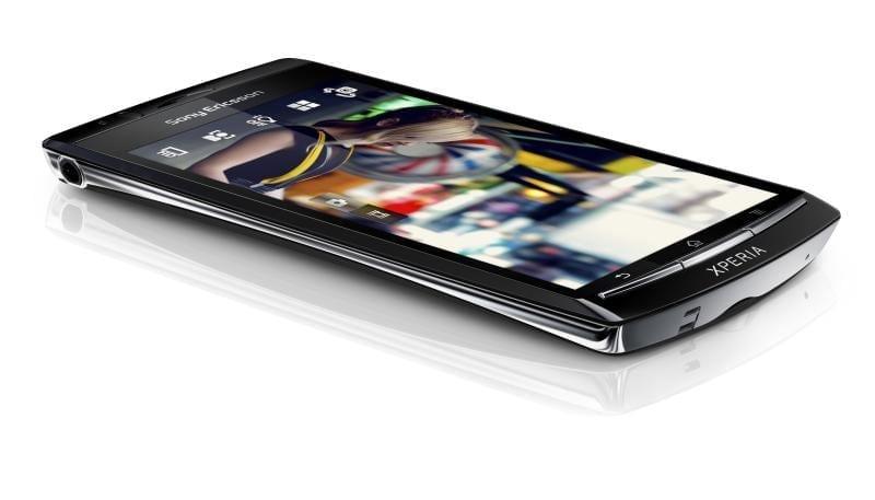 Sony Ericsson Xperia Arc: linii de model