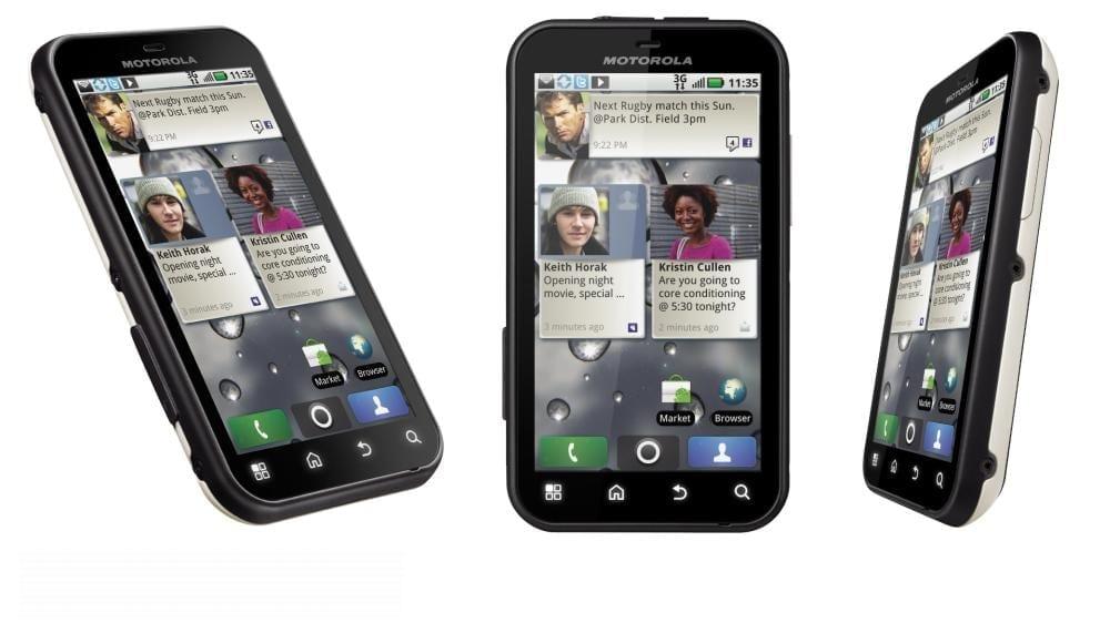 Motorola DEFY, la Cosmote