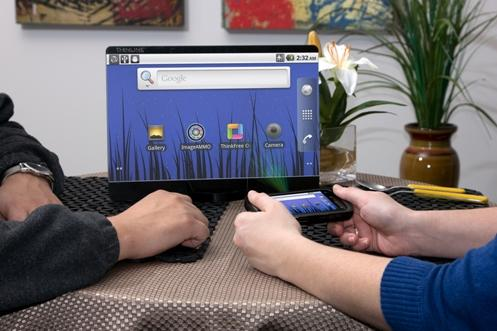 Tablet cu pico proiector