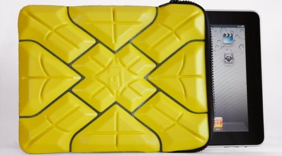 iPad 2 versus bilă de bowling