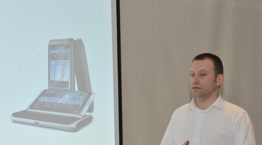 Nokia a lansat E7 in Romania