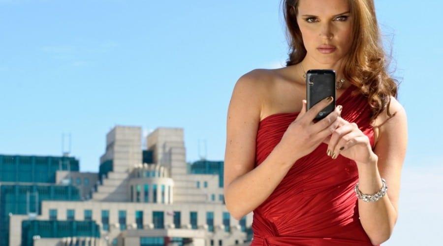Motorola Atrix, cu securitate cu amprentă, în Marea Britanie