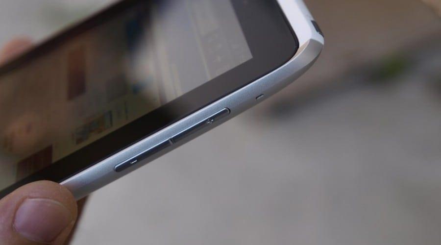 HTC Flyer review: O pată de culoare în lumea tabletelor