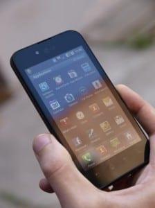 Bacalaureat 2011: Telefonul rămâne arma principală pentru copiat