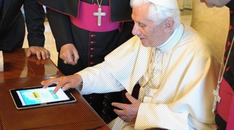 Papa Benedict al XVI-lea e pe Twitter