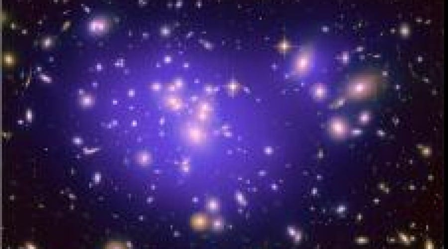 Un milion de imagini din spaţiu, de la Hubble