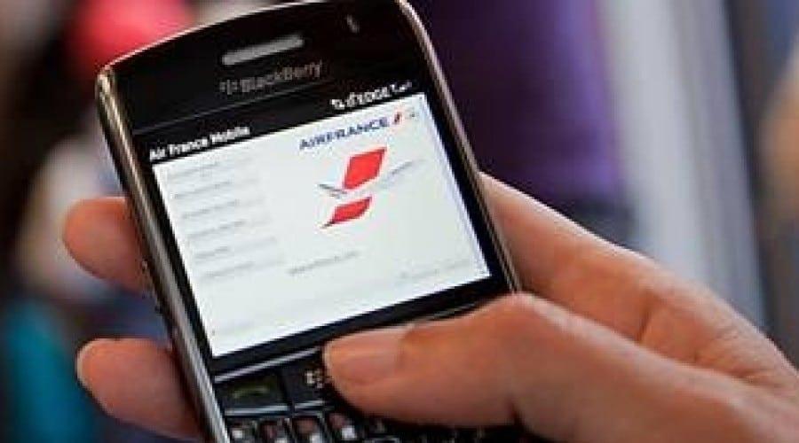 Check-in de pe telefonul mobil la Aeroportul Internaţional Henri Coandă Bucureşti