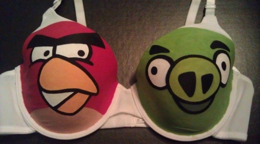 Sutienul Angry Birds: Pentru femeile dependente de faimosul joc