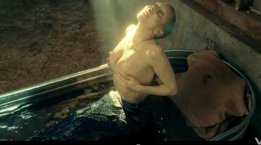 Lady Gaga se transformă într-o sirenă în noul ei videoclip pentru piesa You and I