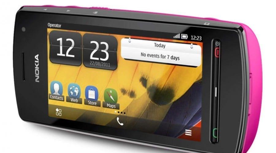 Nokia 700, Nokia 701 şi Nokia 600: Smartphone-uri cu Symbian Belle la preţuri accesibile