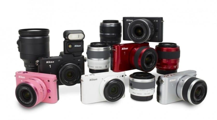 Nikon debutează un nou concept în industria aparatelor foto cu modelele Nikon 1 J1 şi Nikon 1 V1