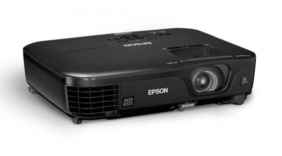 Epson EH-TW480: Jocuri şi filme pe ecran mare
