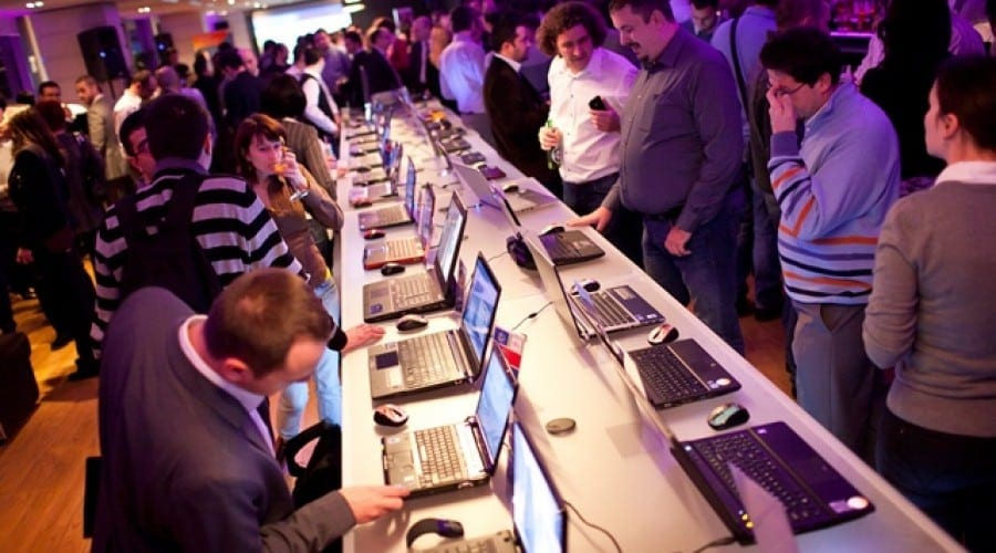 Microsoft si Intel au reunit cei mai importanti producatori de notebook-uri la Holiday PC Showcase