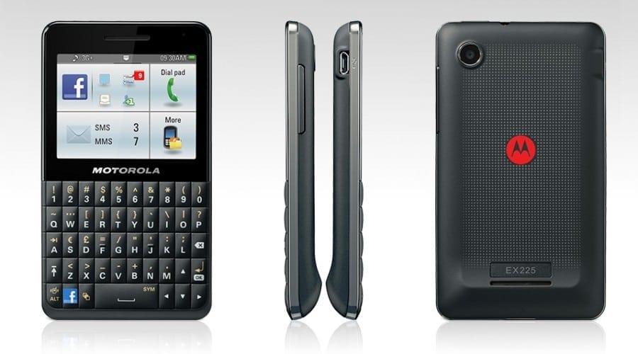 Motorola Motokey Social: Facebook și tastatură QWERTY