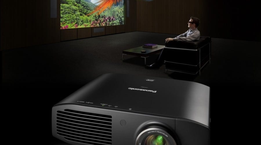 Panasonic PT-AT5000E: Proiector 3D Full HD