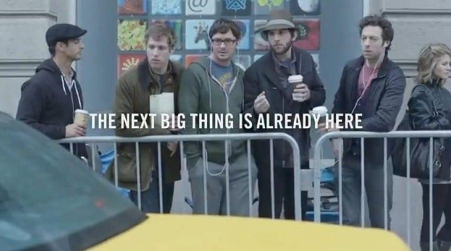 Spot publicitar pentru Samsung Galaxy S II ce atacă fanii Apple