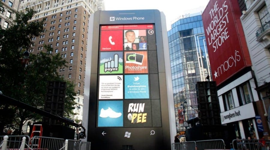 Un Windows Phone gigantic în inima New York-ului (Video)