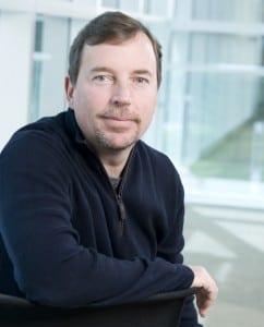 Scott Thompson a plecat de la Yahoo!, Ross Levinsohn numit CEO interimar
