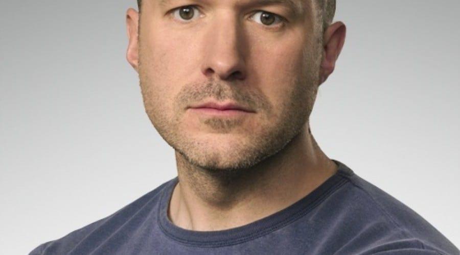 Jonathan Ive, omul din spatele designului Apple, numit Cavaler