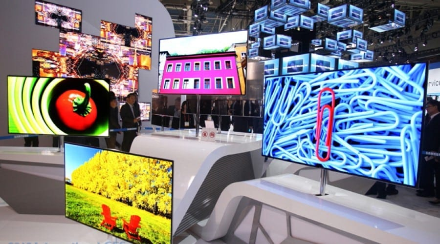Samsung Super OLED, calitate superioară a imaginii şi Smart Interaction