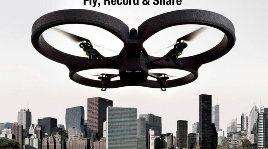 Zboară şi filmează cu AR Drone 2.0 de la Parrot