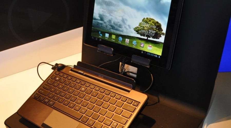 Asus Padfone: Prezentare video MWC 2012