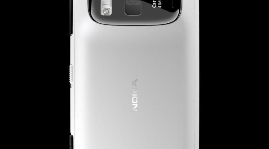 Nokia 808 PureView la preţul de 599 euro în Italia