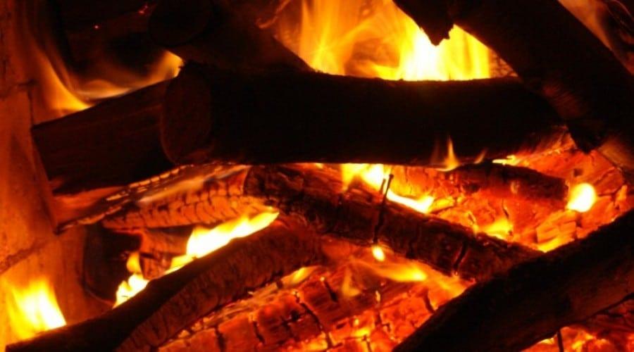 Oamenii foloseau focul cu circa 1 milion de ani în urmă