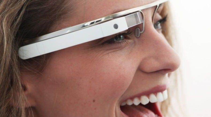 Lumea prin Google Glasses