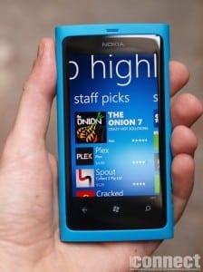Apple iOS ar urma să piardă lupta cu Windows Phone până în 2016