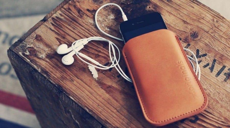 Mujjo iPhone Sleeve: Piele de cea mai bună calitate, cusută manual