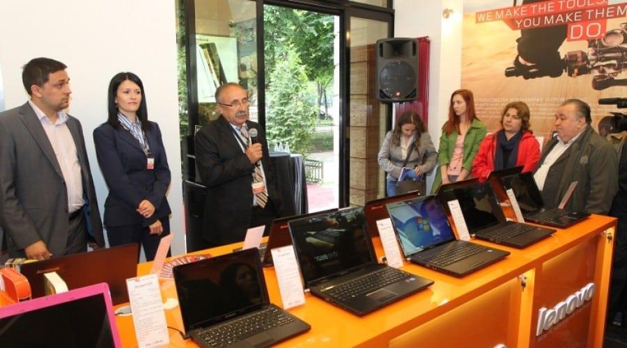 Lenovo a deschis astăzi un magazin propriu în Bucureşti
