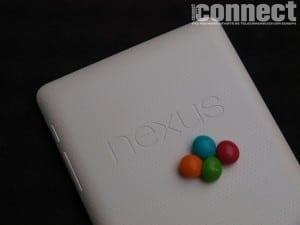 Google Nexus 7 îşi face intrarea în Europa la preţuri de 199, respectiv 249 euro