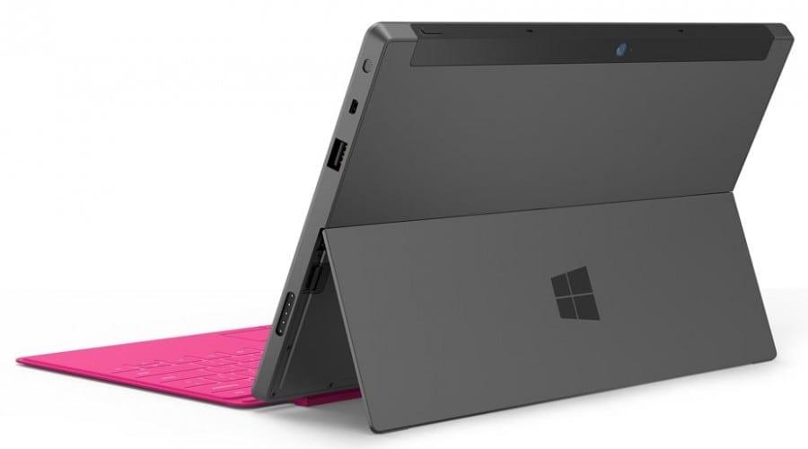 Tableta Microsoft Surface va sosi odată cu Windows 8 la finalul lui octombrie