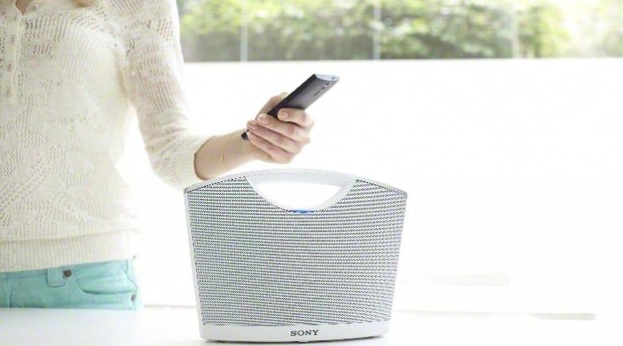 Sony SRS-BTM8: Sistem de sunet cu Bluetooth şi NFC