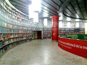 Reţeaua Vodafone de magazine în franciză a depăşit 100 de unităţi