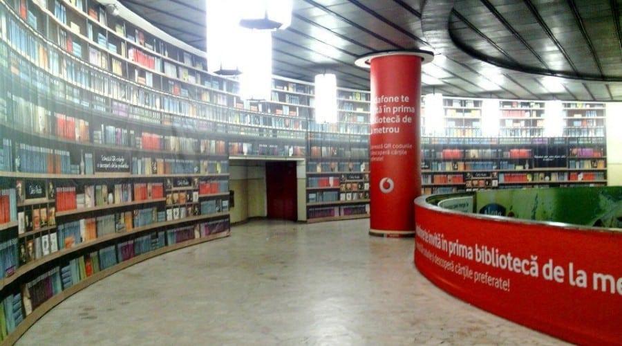 Citeşte cărţi în metrou cu ajutorul bibliotecii digitale lansate de Vodafone