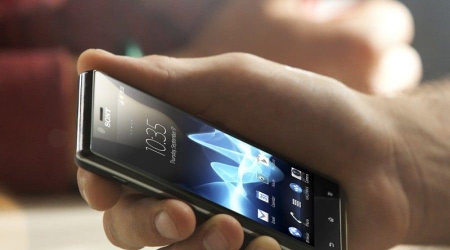 Sony Xperia V şi Xperia J: Propunere LTE şi un model mai accesibil