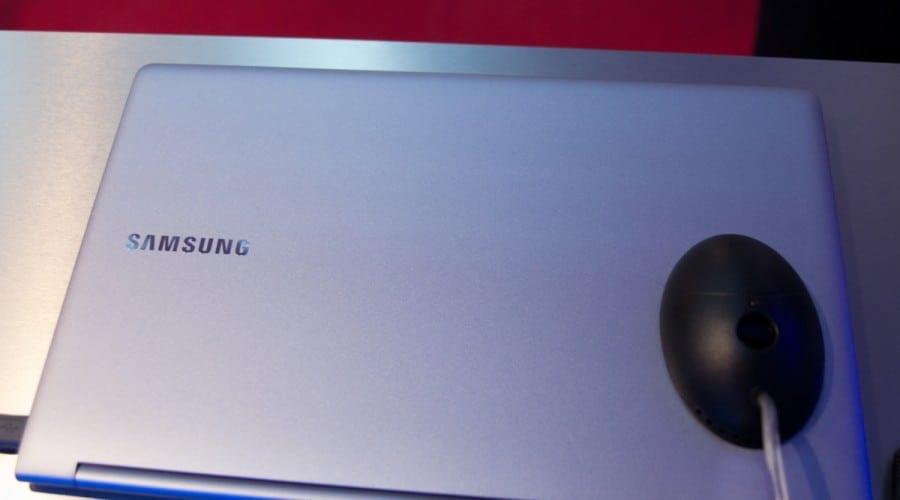 Samsung Seria 9, disponibil în România