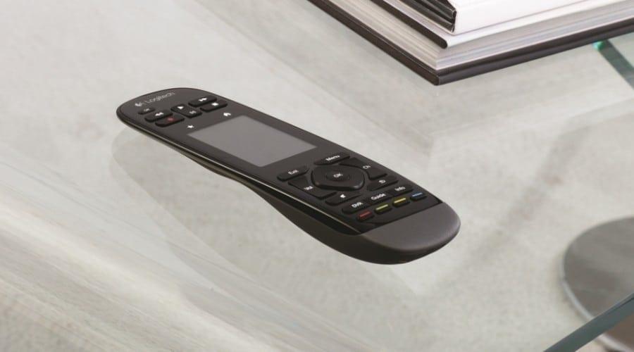 Logitech Harmony Touch: Telecomandă cu ecran tactil pentru sisteme de home-entertainment