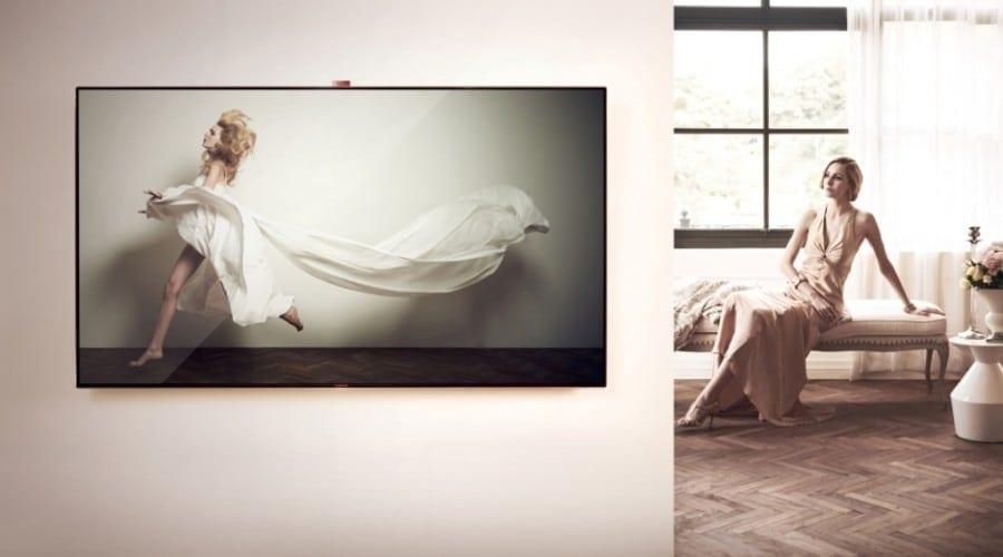 Samsung ES9000: Smart TV cu diagonală de 75 inchi şi ramă din aur roz