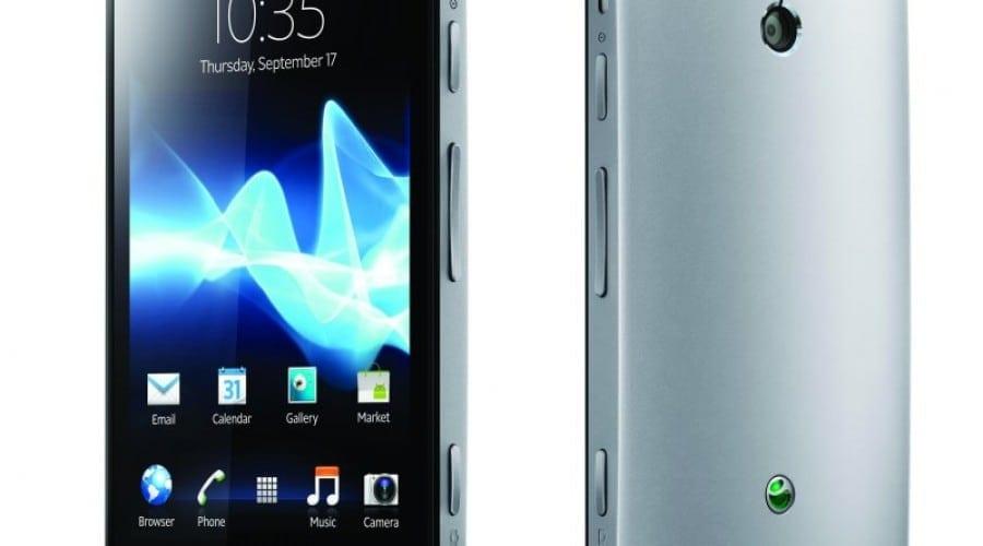 Sony Xperia P review: Manevrabilitate bună, autonomie mediocră