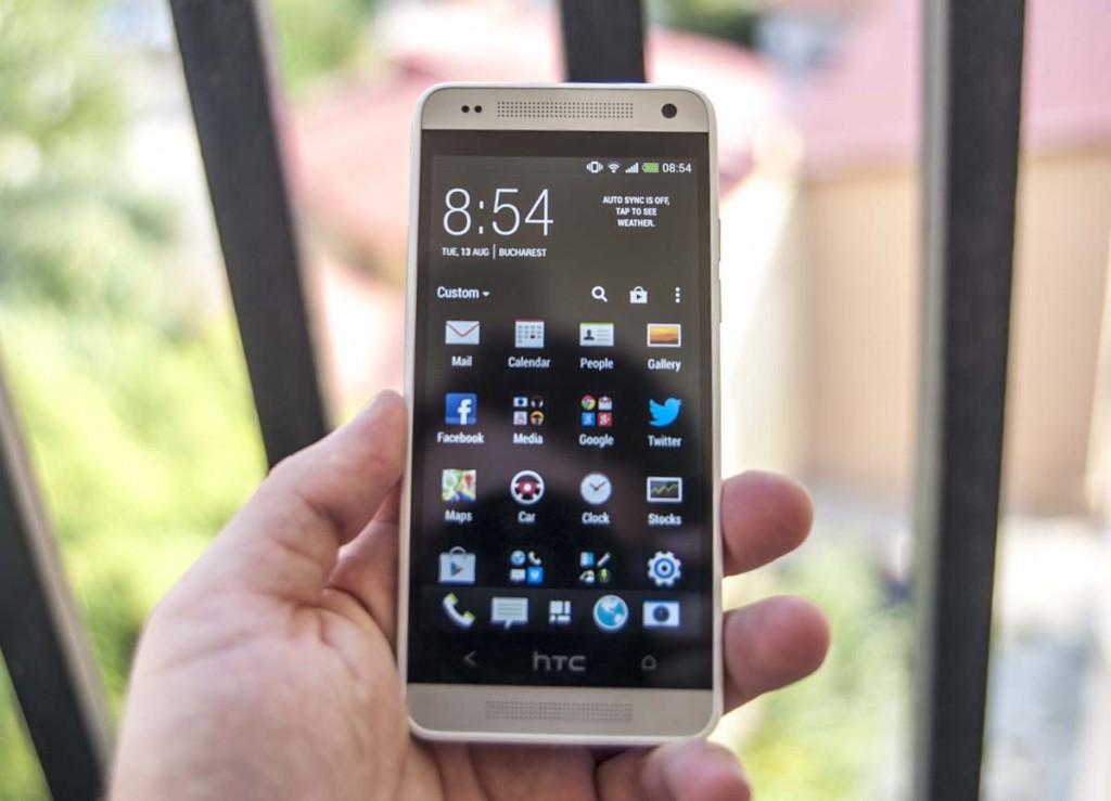 HTC One mini a început să primească actualizarea la Android 4.4.2 în România