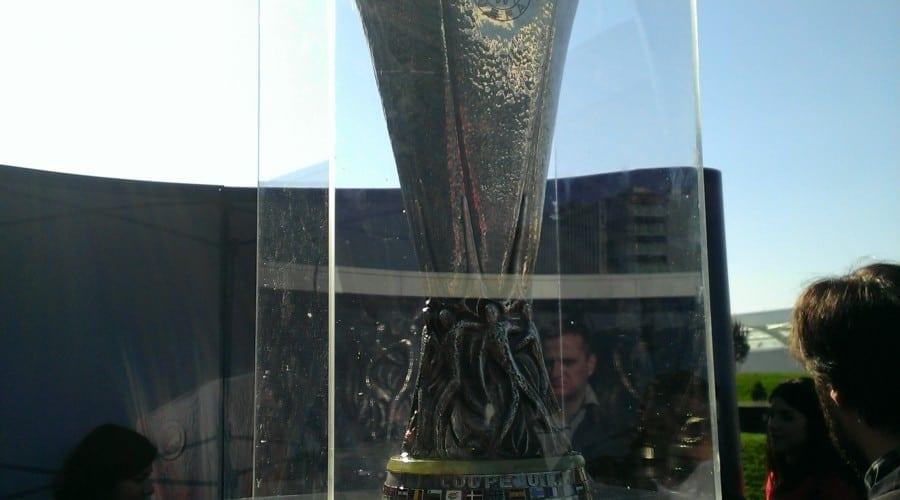 HTC a adus trofeul Europa League la București. Astăzi este ultima zi în care poate fi văzut