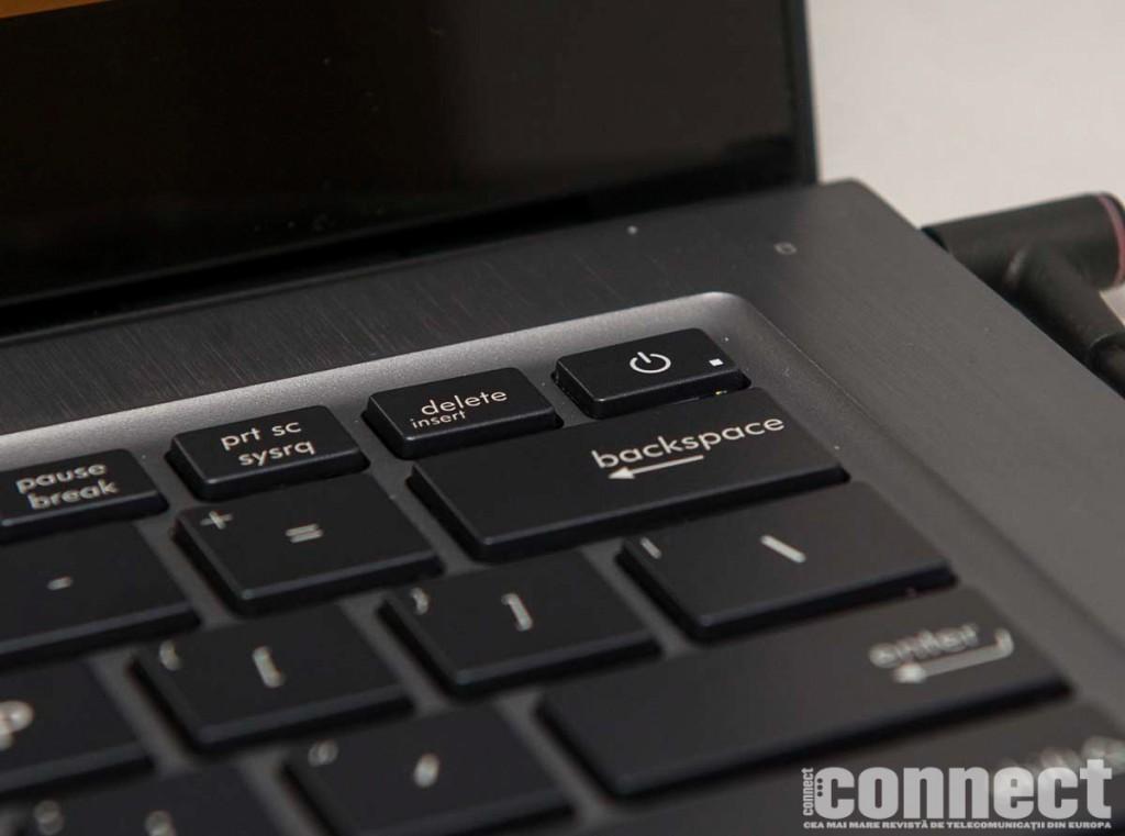 Asus-Zenbook-UX302LG-3